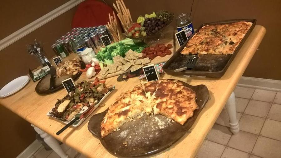 board-party-pizza